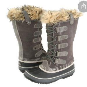 Sorel Joan of Arctic boots- size 6- color shale